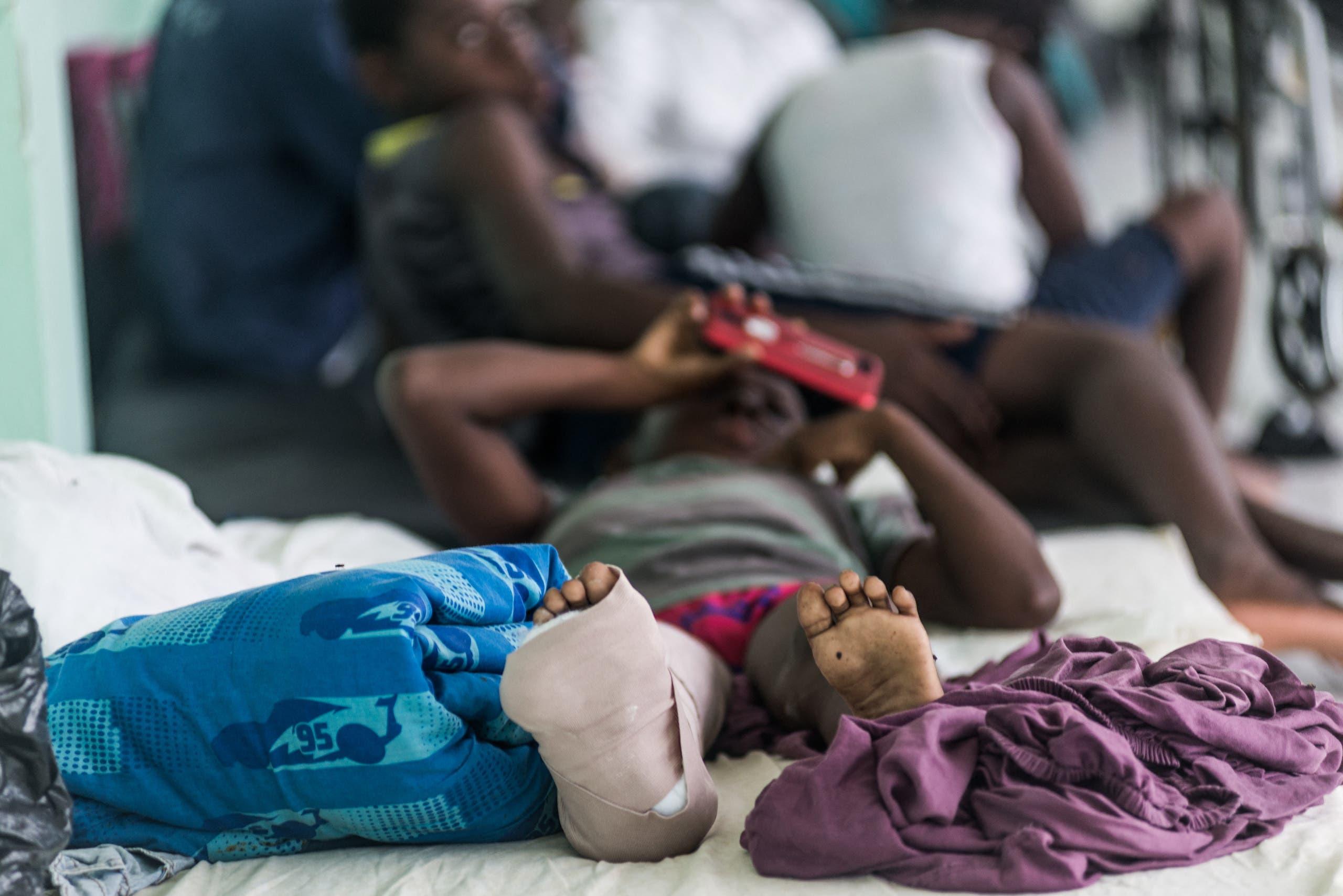 طفل مصاب في مستشفى لو كاي