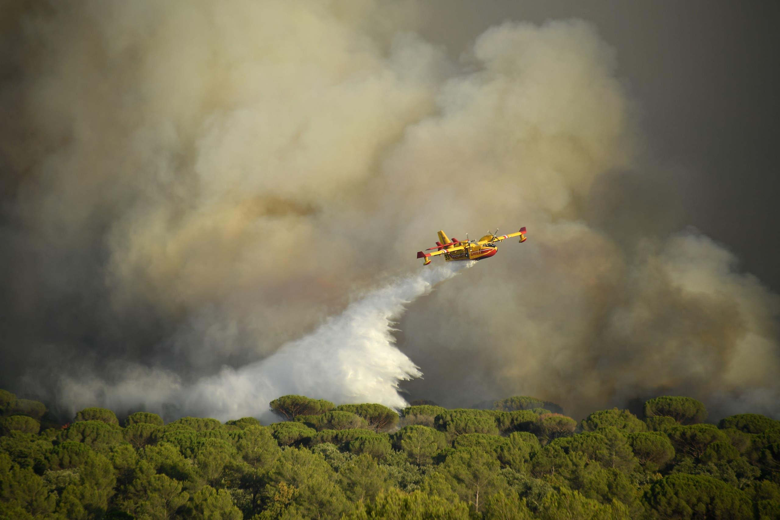 من عملية مكافحة الحرائق في فرنسا