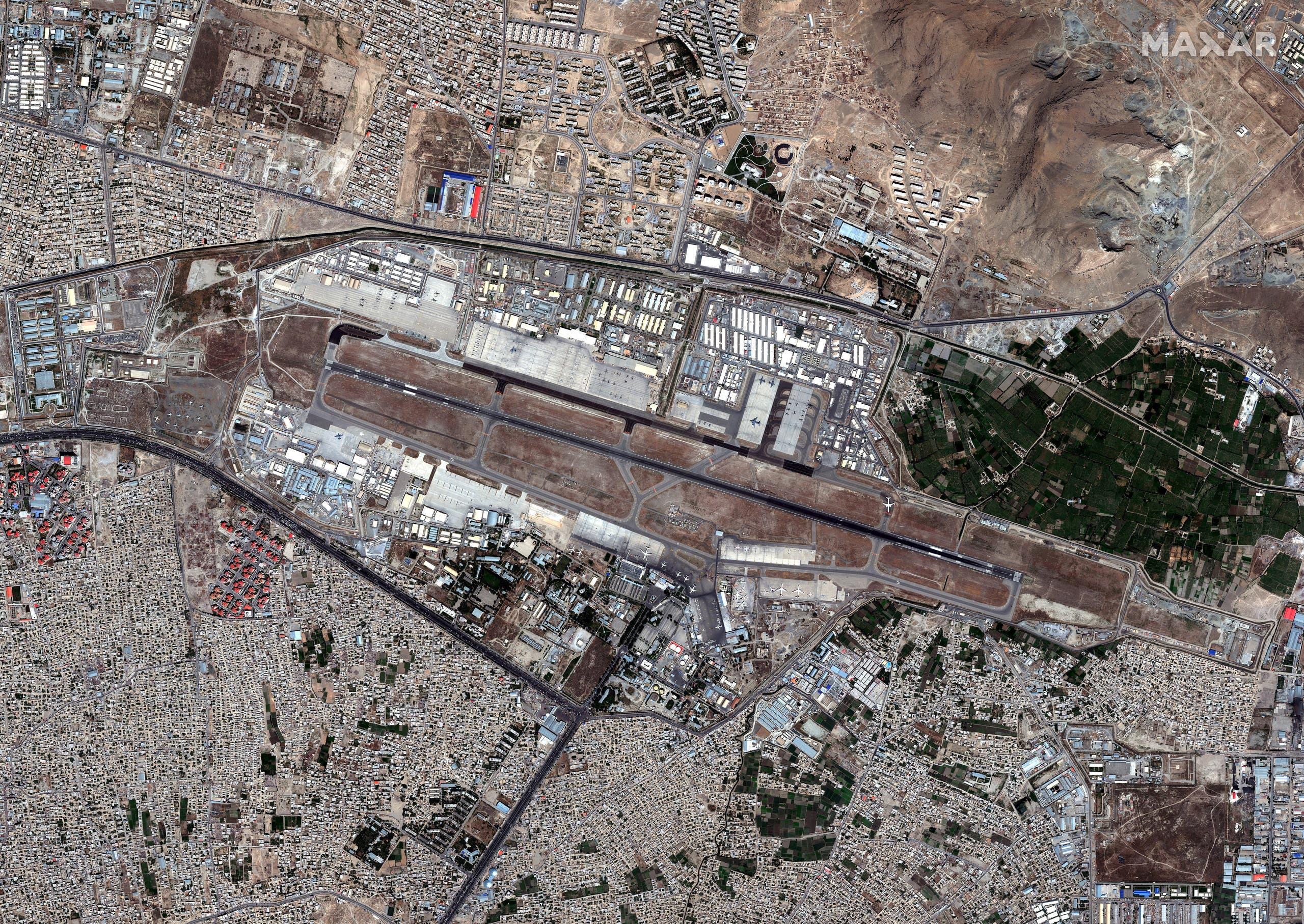 صورة من الجو لمطار كابل