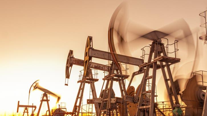 النفط يتجه لتحقيق خامس مكسب أسبوعيمع نقص المعروض العالمي