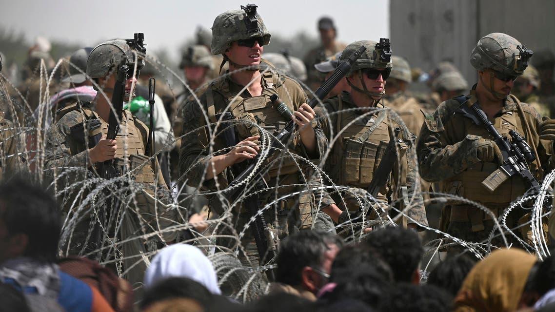 جنود أميركيون في مطار كابل (فرانس برس)