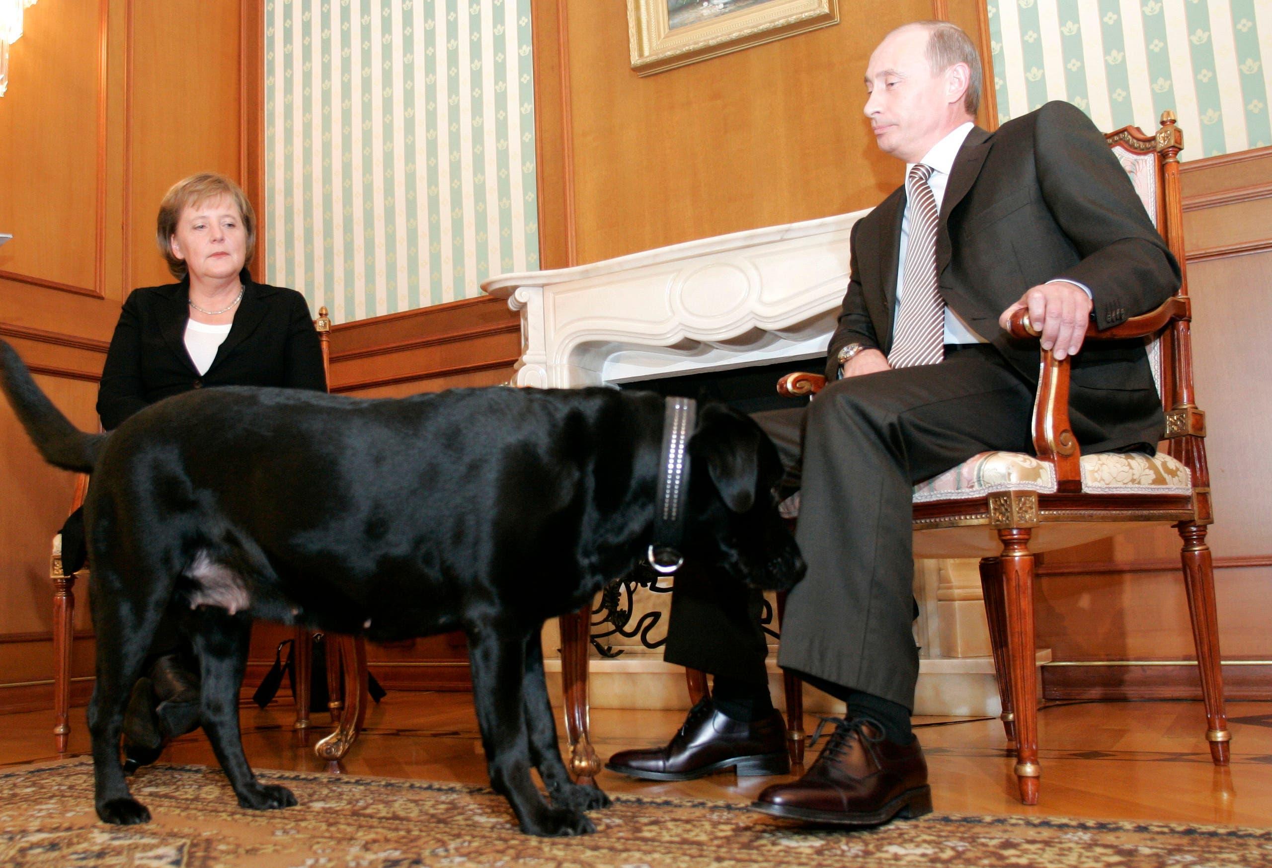 خلال زيارة ميركل لموسكو في 2007 (رويترز)