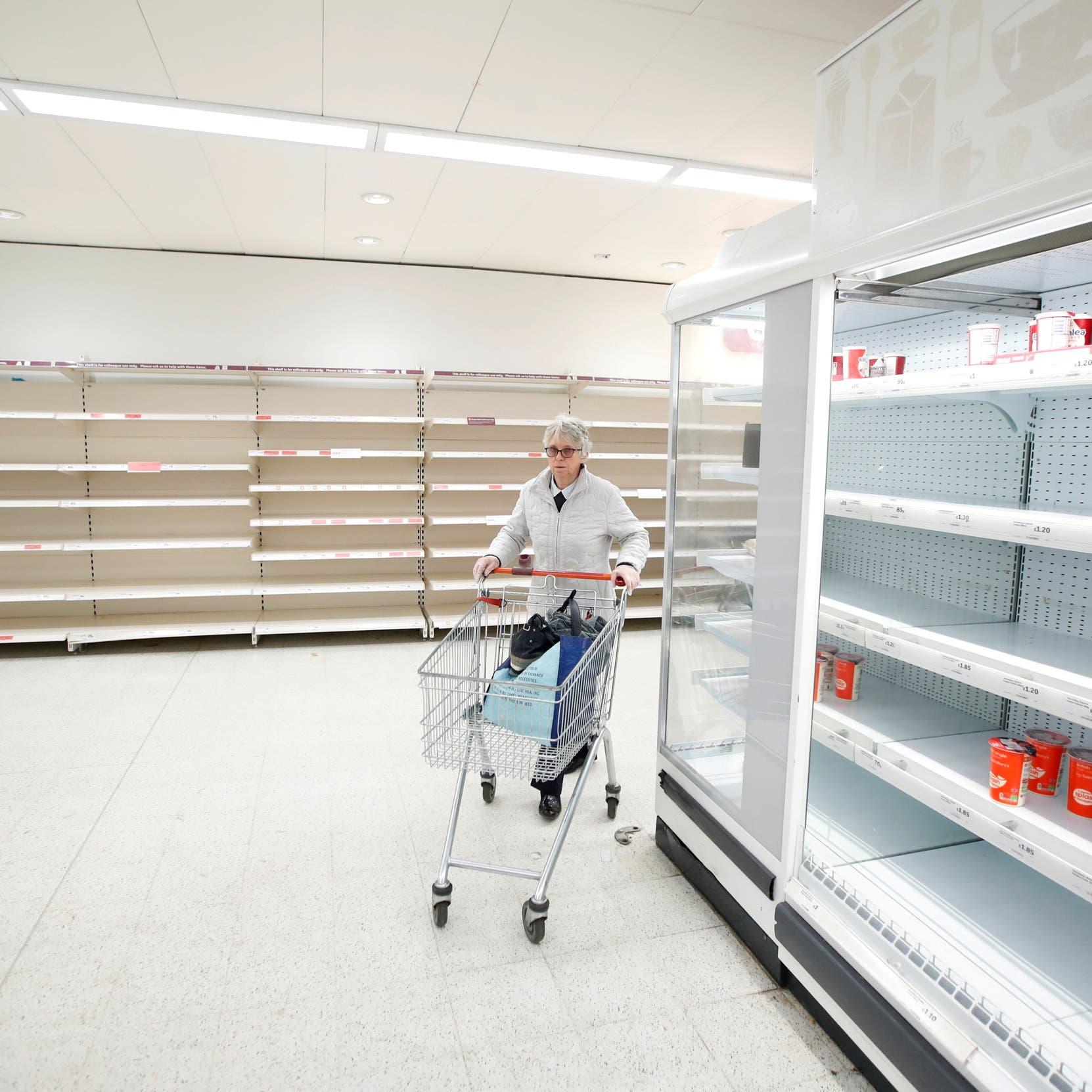 """بريطانيا ترجئ تنفيذ أحد أهم بنود """"بريكست"""" خوفاً من شح المواد الغذائية"""