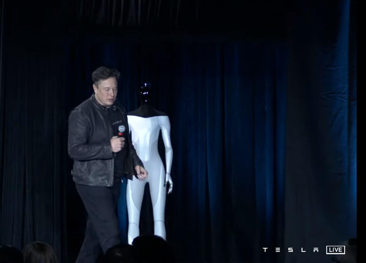 إيلون ماسك يشرح مشروع Tesla Bot