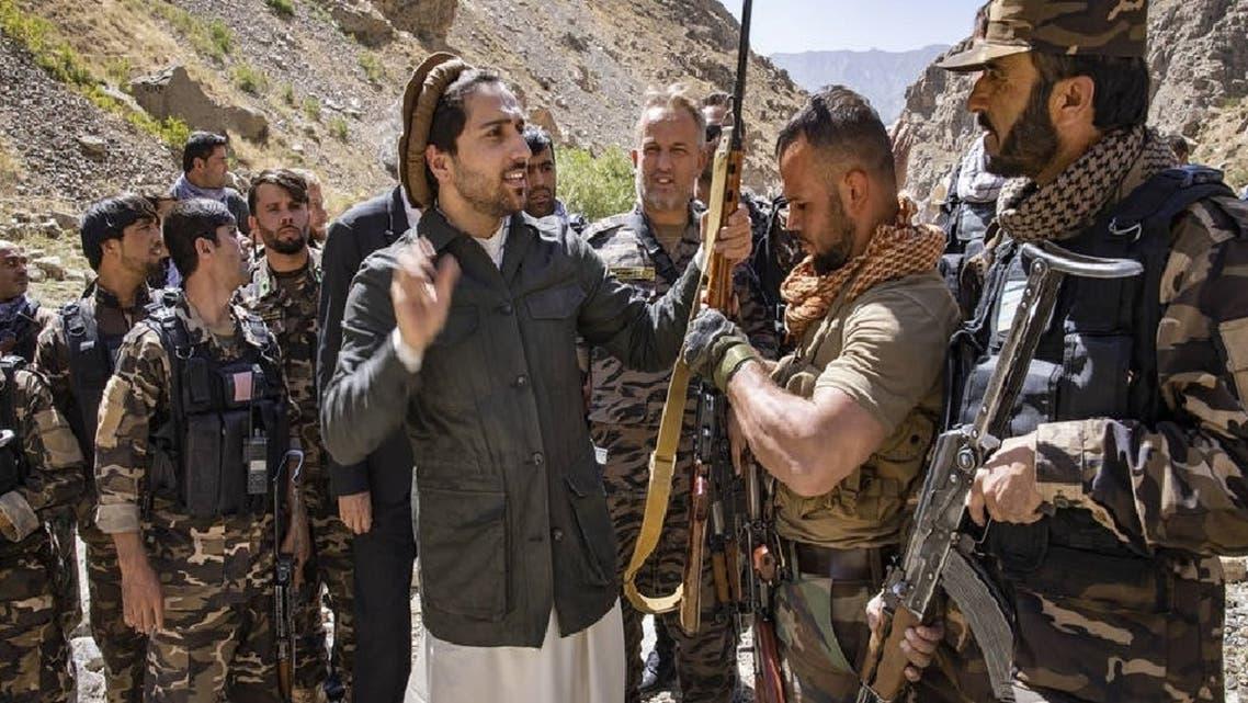 مسعود مع مسلحيه في ولاية بنجشير