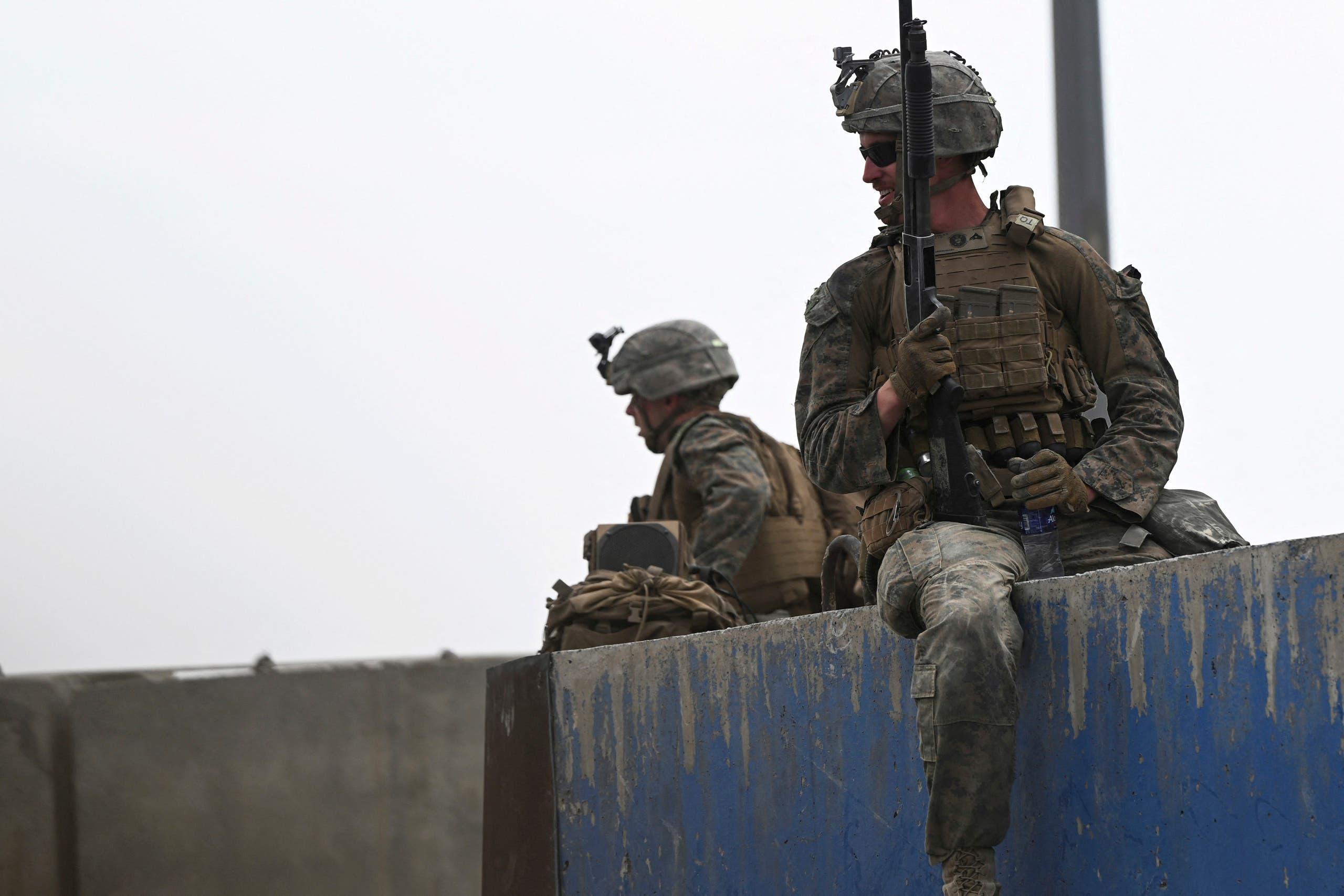 جنود أميركيون في مطار كابل (أرشيفية من فرانس برس)