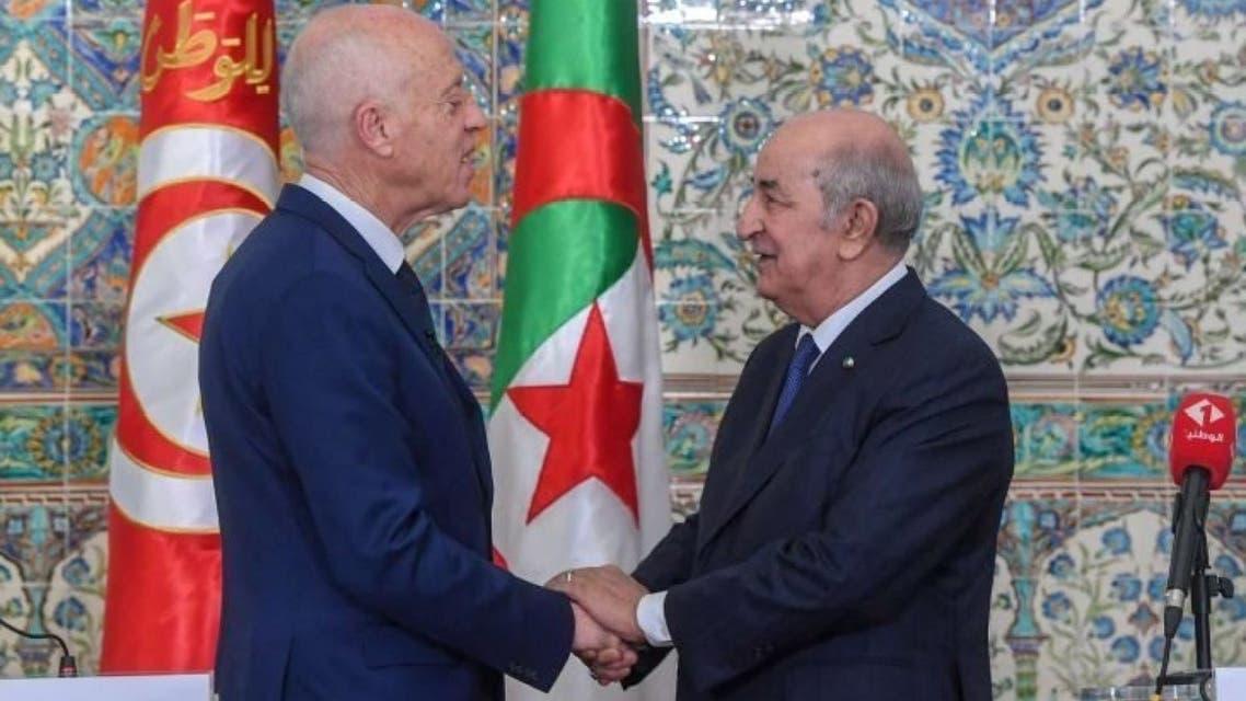 الرئيس الجزائري عبد المجيد تبون ونظيره التونسي قيس سعييد