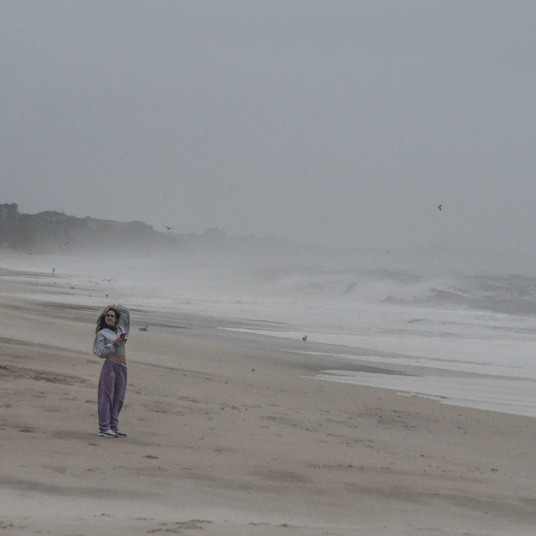 العاصفة هنري تضرب شرق الولايات المتحدة.. وتحذير من فيضانات