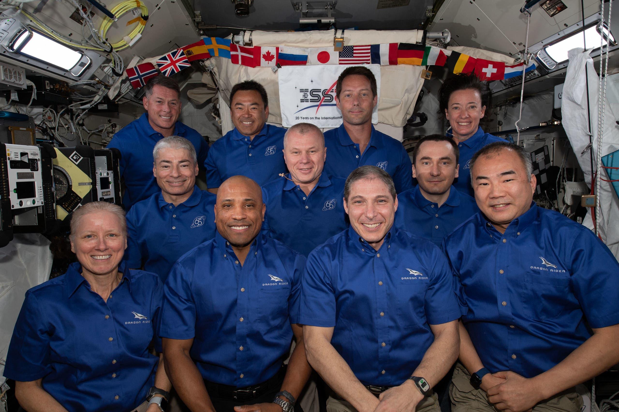 فاندي هاي ضمن طاقم محطة الفضاء الدولية الحالي