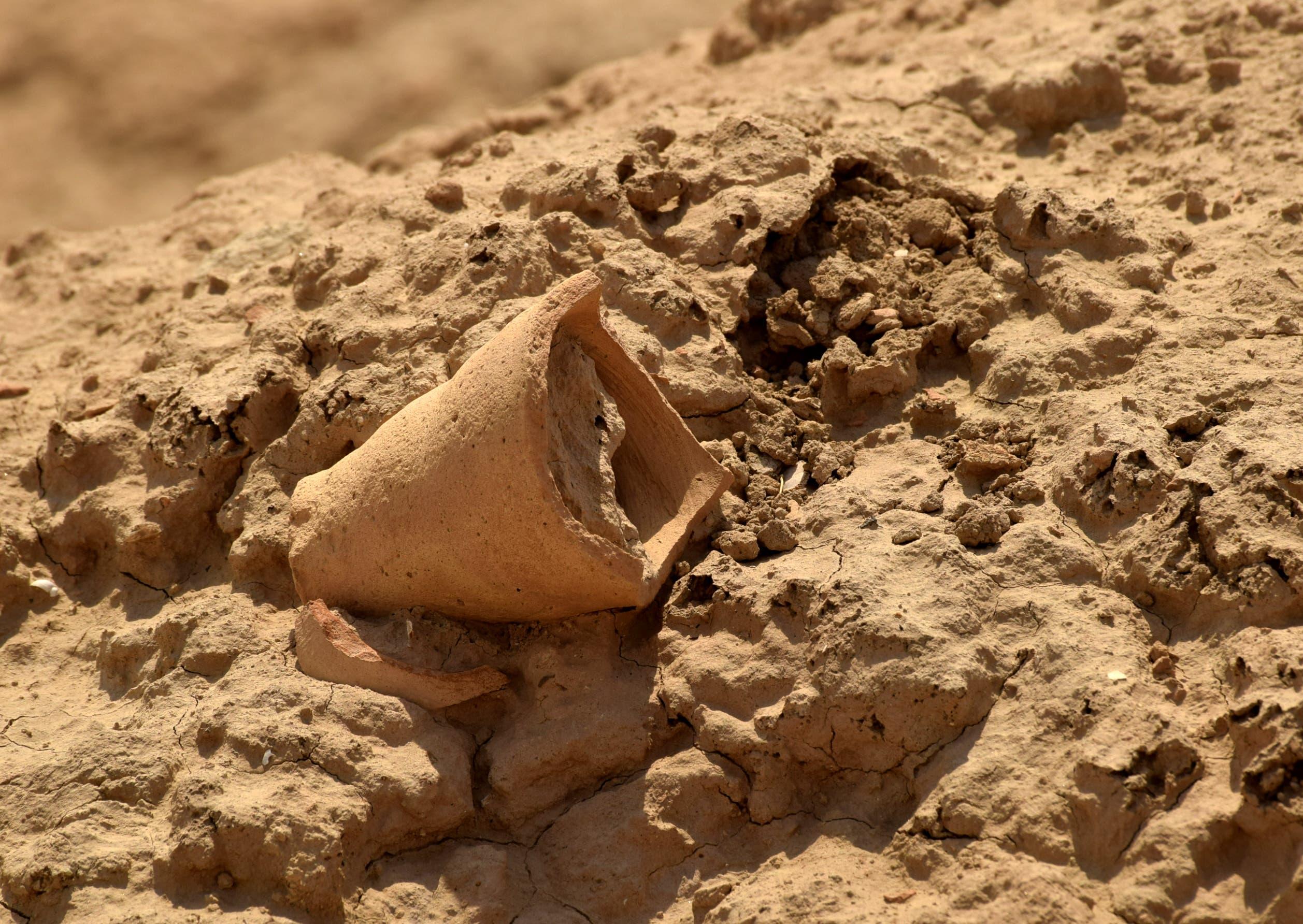 من آثار العراق التي أضحت في مهب الريح (أرشيفية- فرانس برس)