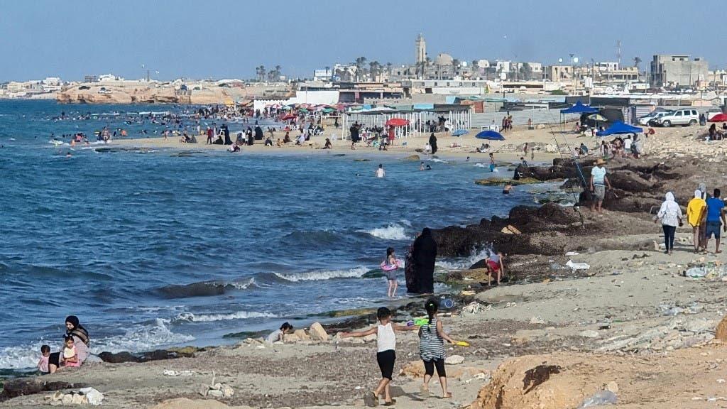 شواطئ ليبيا الملوثة (أ ف ب)