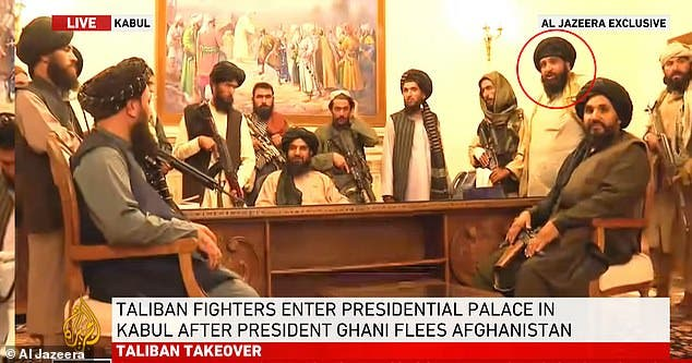 روحاني بعد خروجه من المعتقل