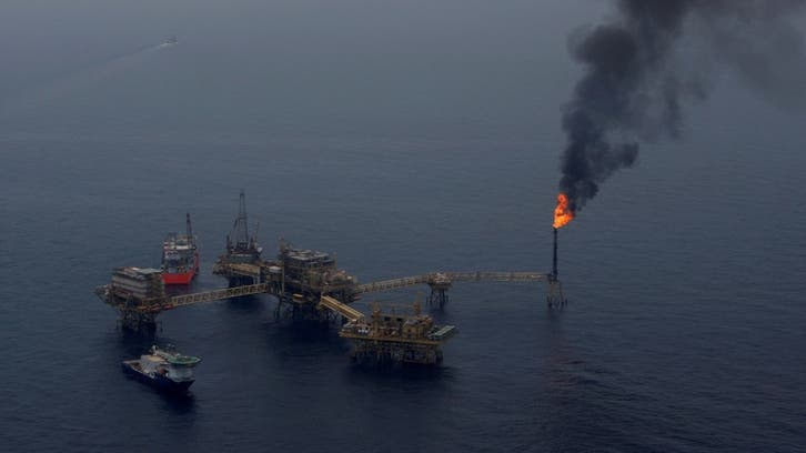 Oil rally ends amid COVID-19 concerns, returning production