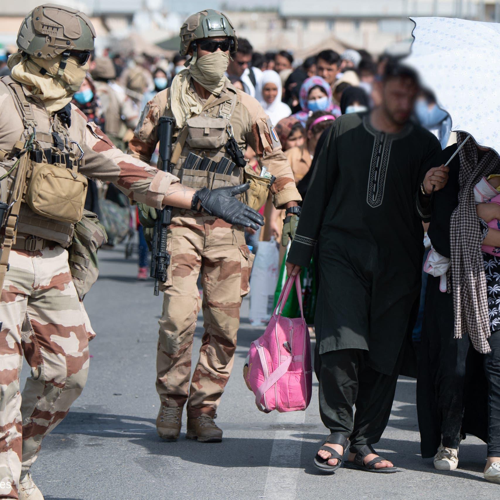 فرنسا تنهي الإجلاء وتبقى على تواصل مع طالبان لإخراج المزيد