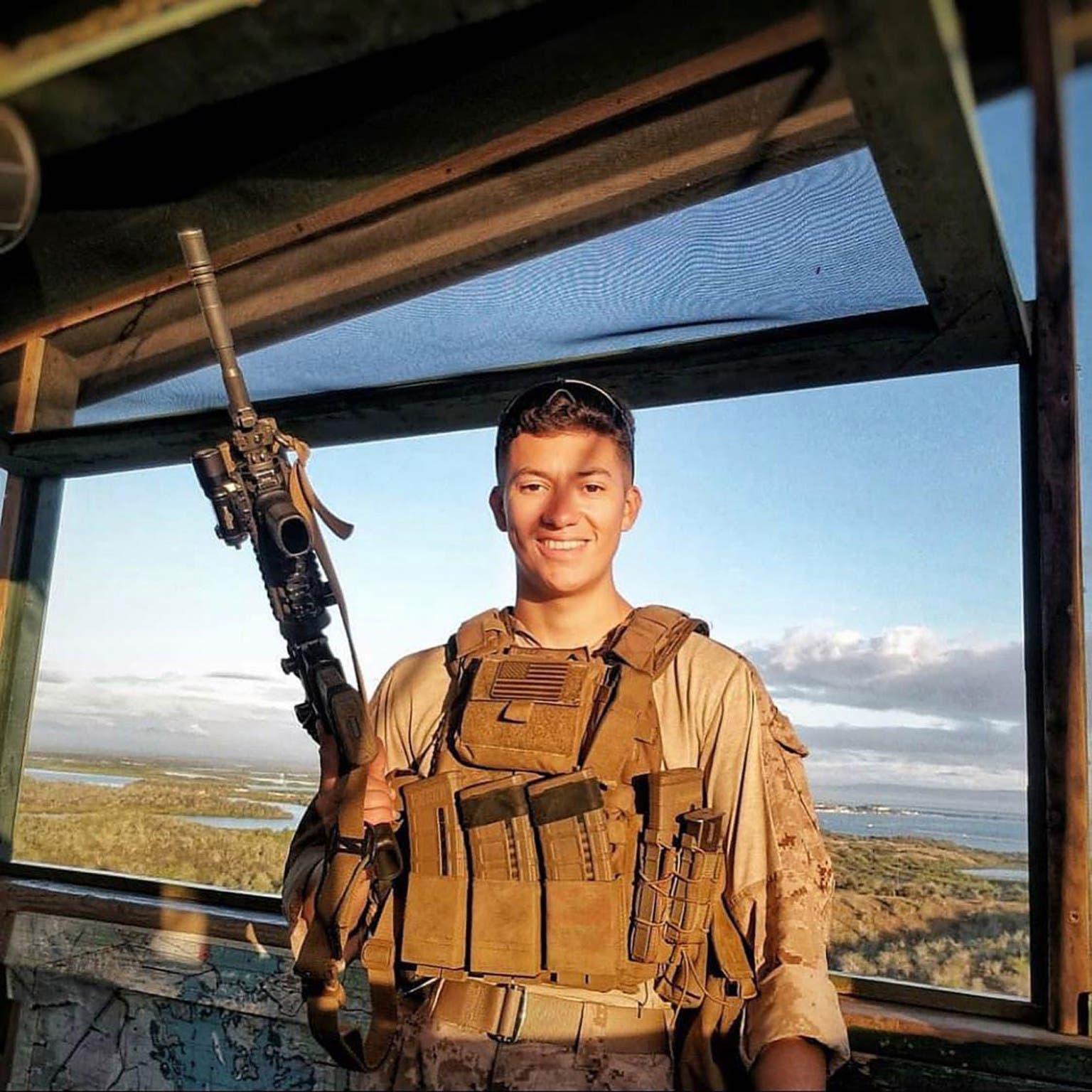 الجندي Hunter Lopez  أحد ضحايا تفجير كابل