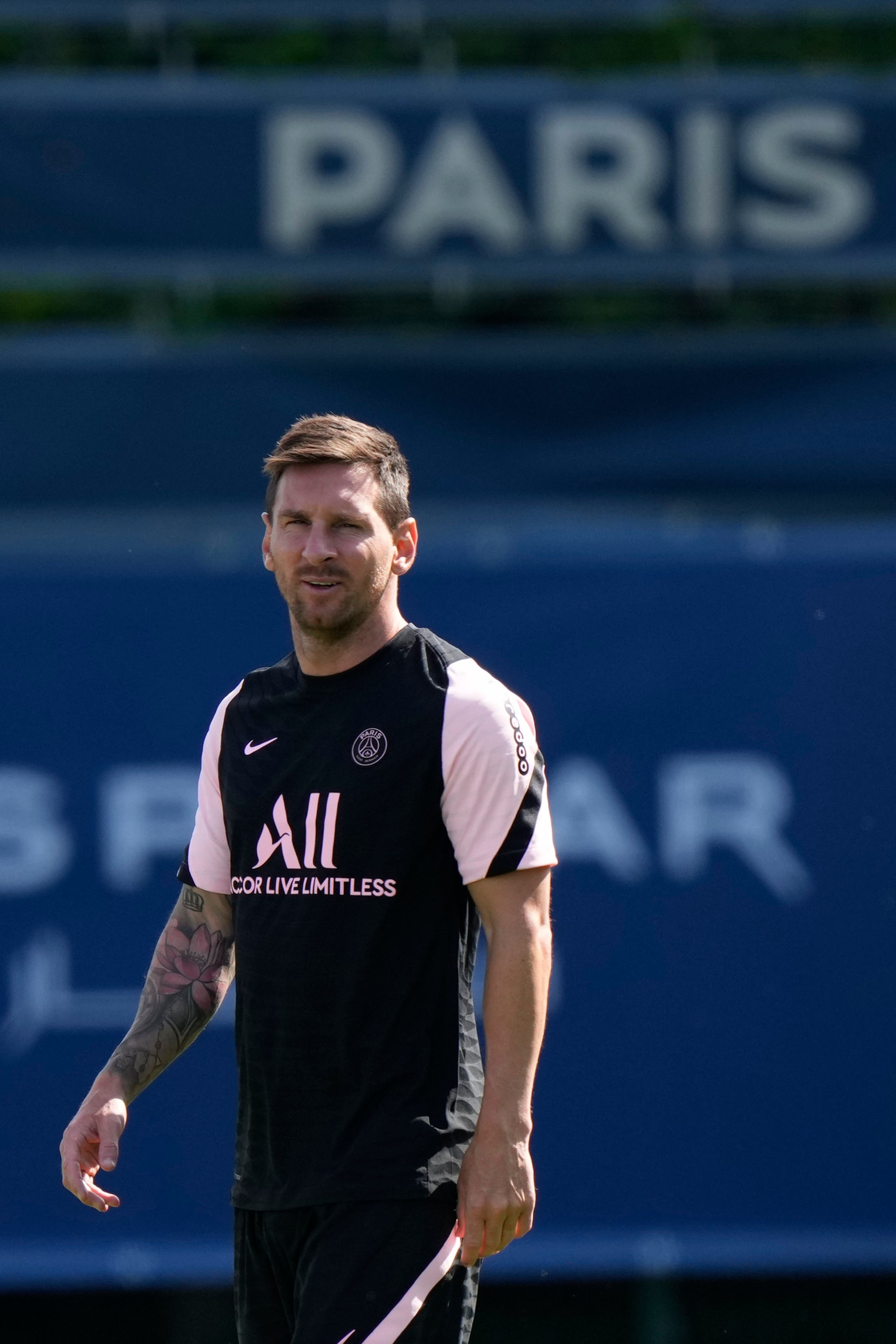 Lionel Messi walks on the pitch at the Paris Saint-Germain training camp in Saint-Germain-en-Laye, west of Paris, Friday, Aug. 13, 2021 The 34-year-old Argentina star arrived Tuesday in Paris to sign a two-year deal with the option for a third season with PSG after leaving Barcelona. (File photo: AP)