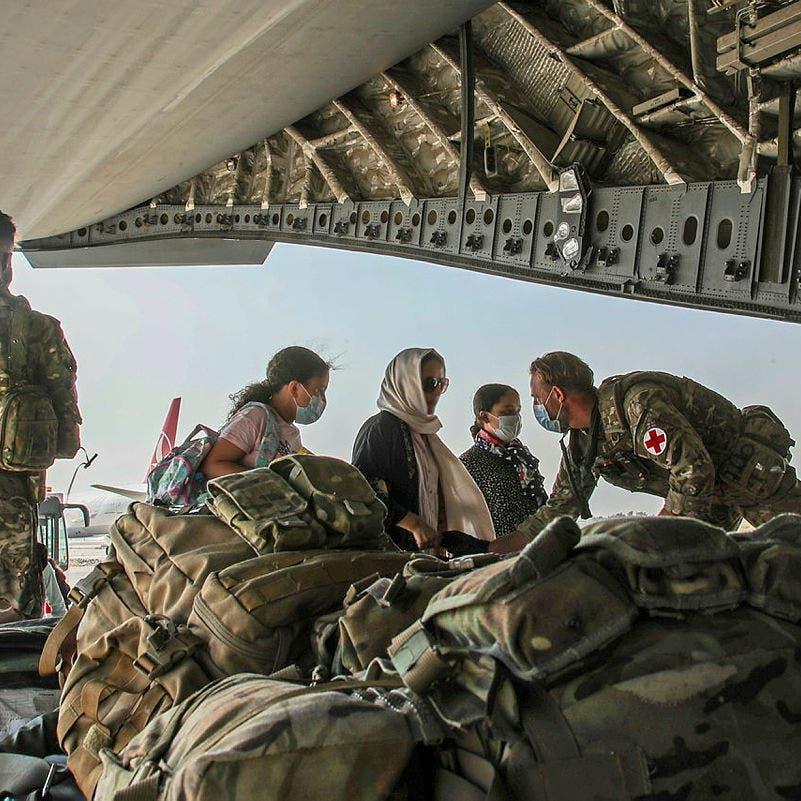 """بريطانيا تتباحث مع طالبان """"لتنسيق خروج آمن"""" من أفغانستان"""