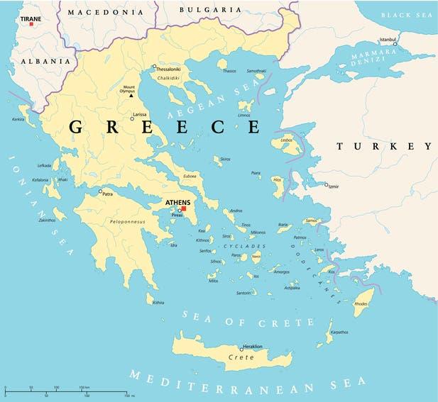 صورة تظهر المنطقة الحدودية بين اليونان وتركيا (آيستوك)