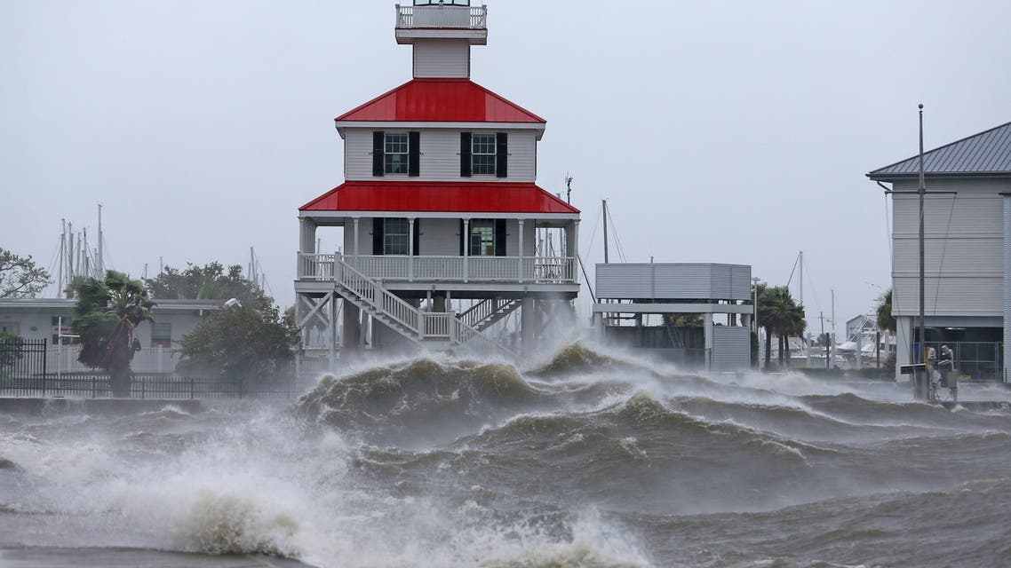Waves crash against the New Canal Lighthouse on Lake Pontchartrain as the effects of Hurricane Ida begin to be felt in New Orleans, Louisiana, US, August 29, 2021. (Reuters)