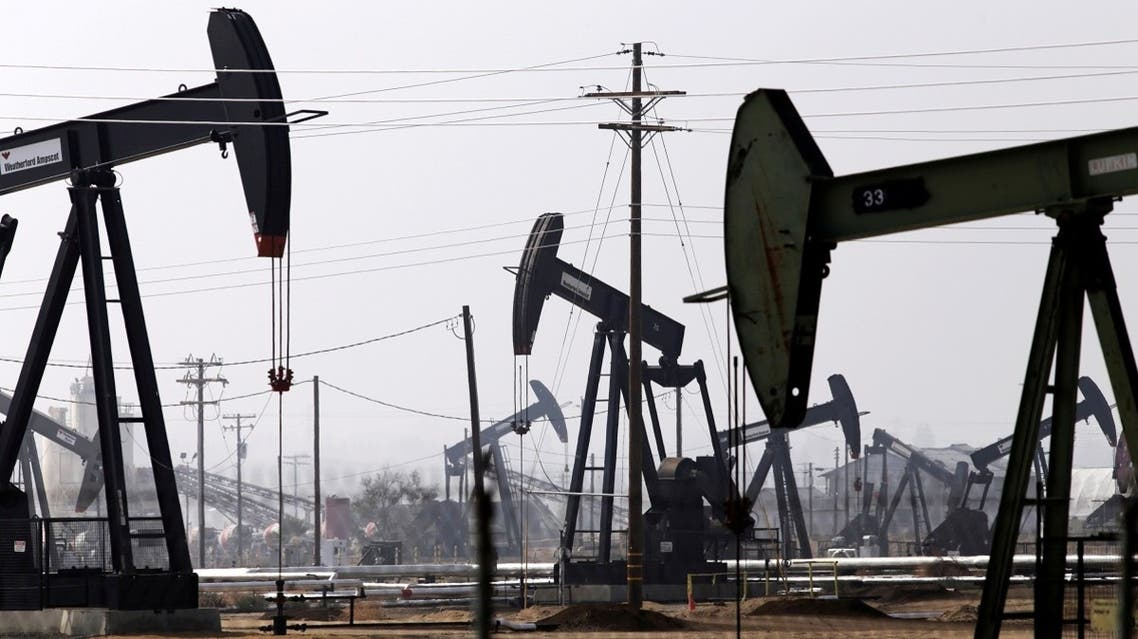 Oil drills are pictured in the Kern River oil field in Bakersfield, California. (File photo: Reuters)