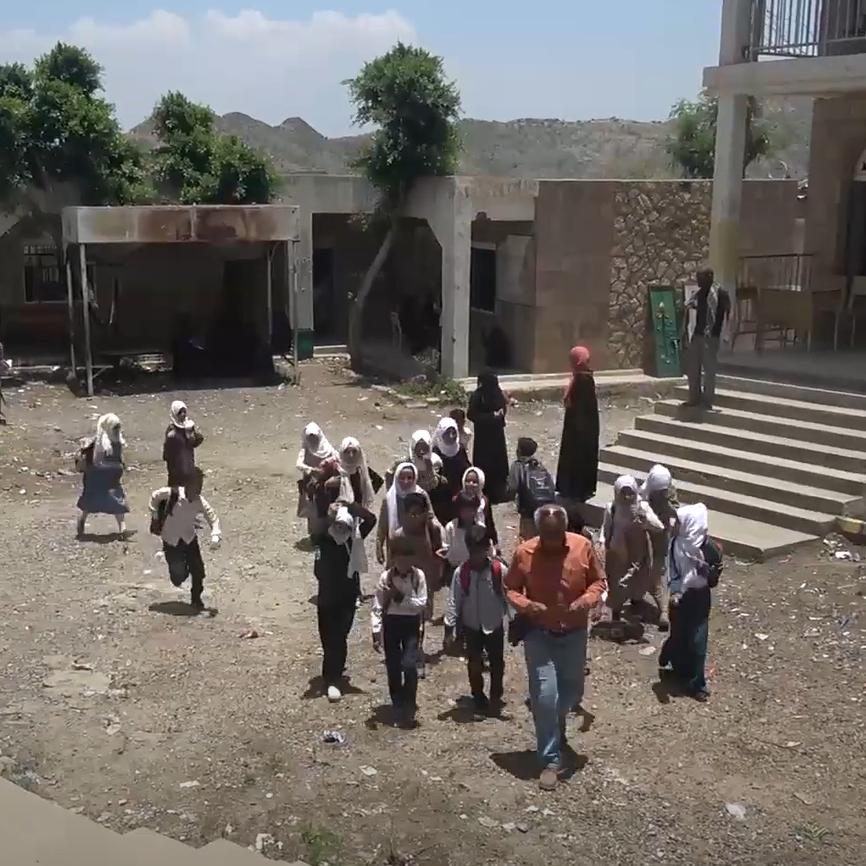 ميليشيات الحوثي تروع الطلاب في تعز.. والانتهاكات مستمرة