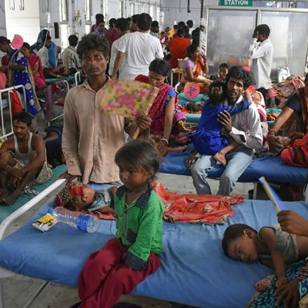 حمى فيروسية مجهولة تجتاح شمال الهند والسلطات تغلق المدارس