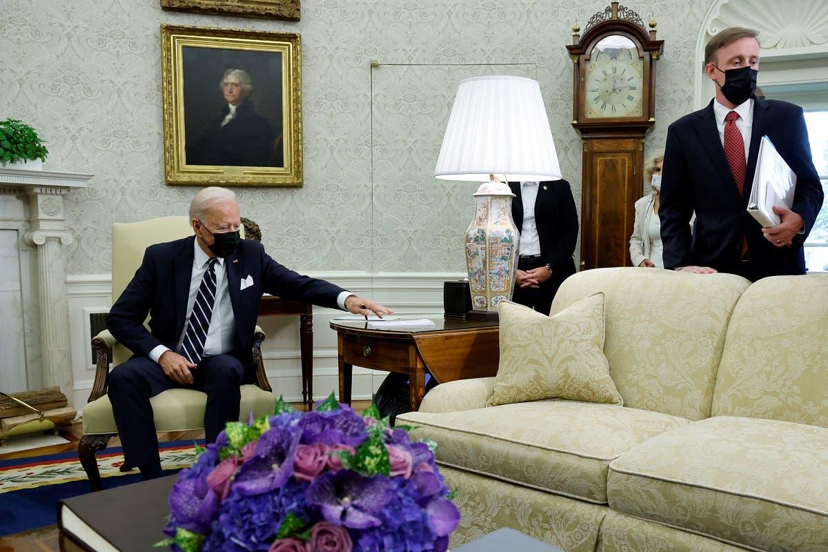 White House NSA Jake Sullivan and President Joe Biden at the White House, Aug. 27, 2021. (Reuters)