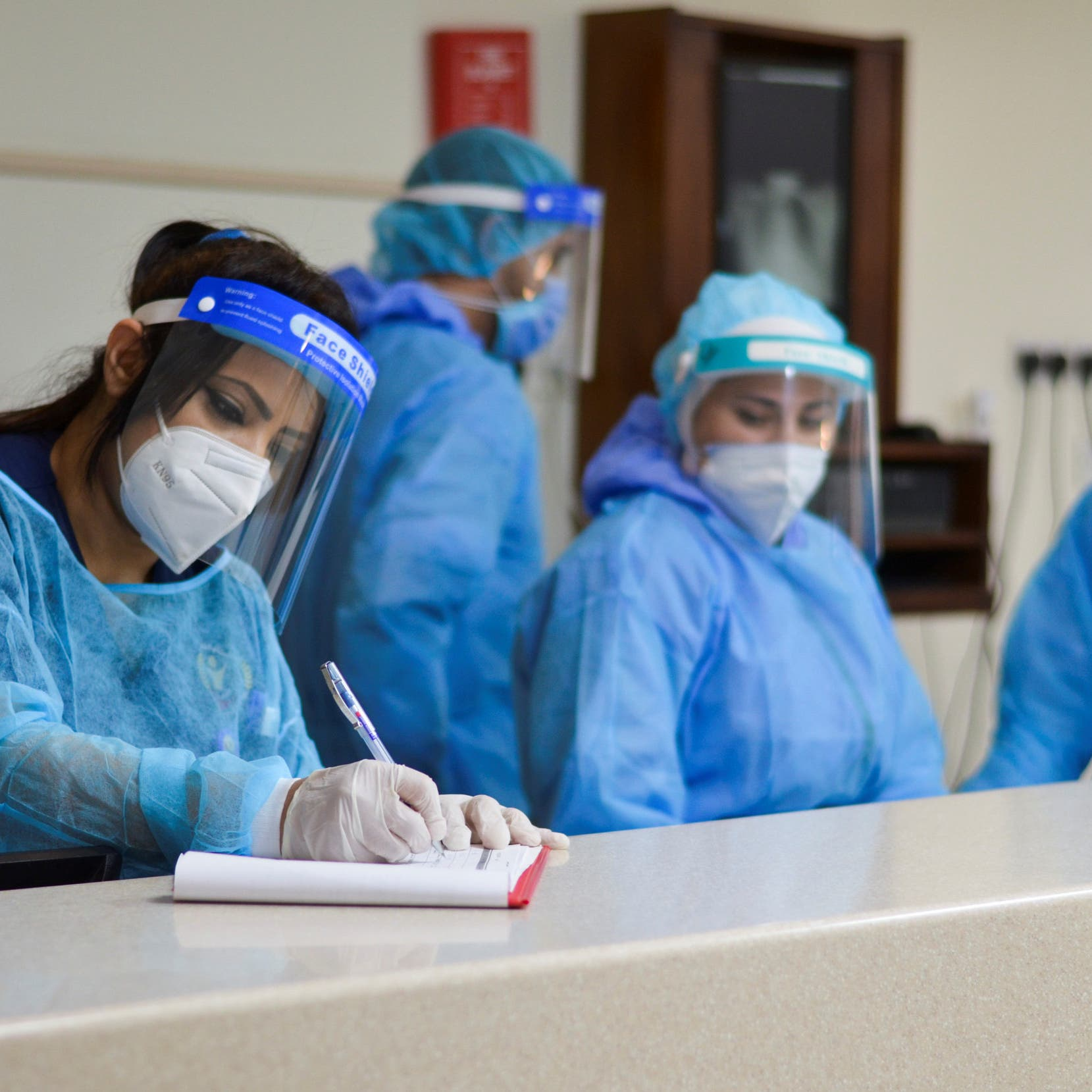 UAE sees 62 pct decrease in COVID-19 infections since January 2021