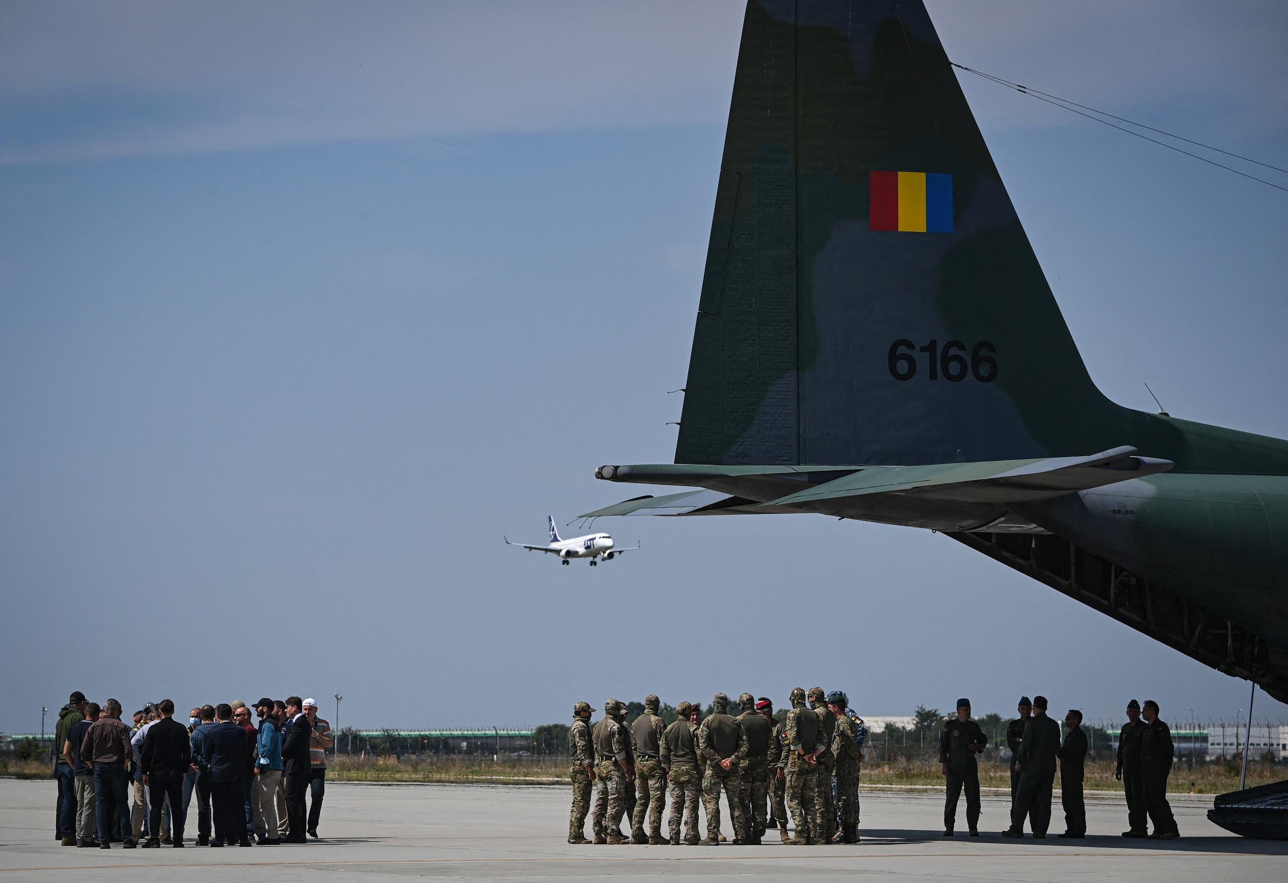 Romanian evacuation plane carrying 15 Romanians returning from Kabul