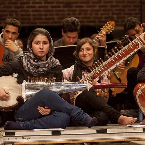 طالبان تغلق مدارس ومعاهد تعليم الموسيقى وتحظر العزف