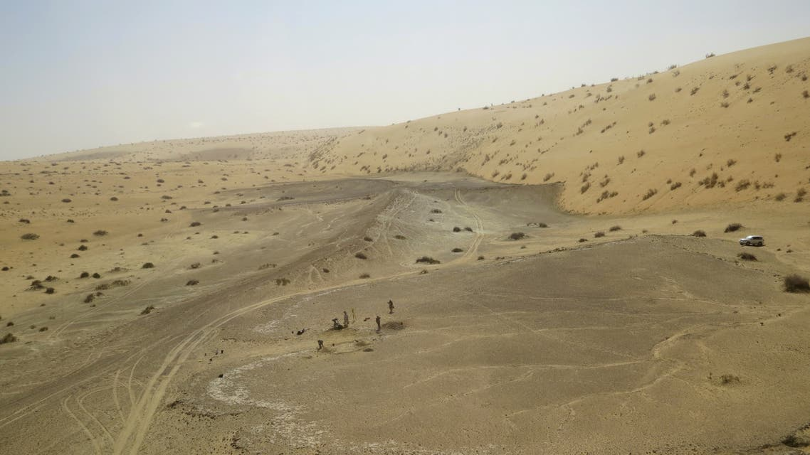 This undated handout picture released on September 1, 2021 by the Palaeodeserts Project shows the site of Khall Amayshan 4 in northern Saudi Arabia, where evidence of repeated visits by early humans over the last 400,000 years was found, associated with the remains of ancient lakes. (AFP)