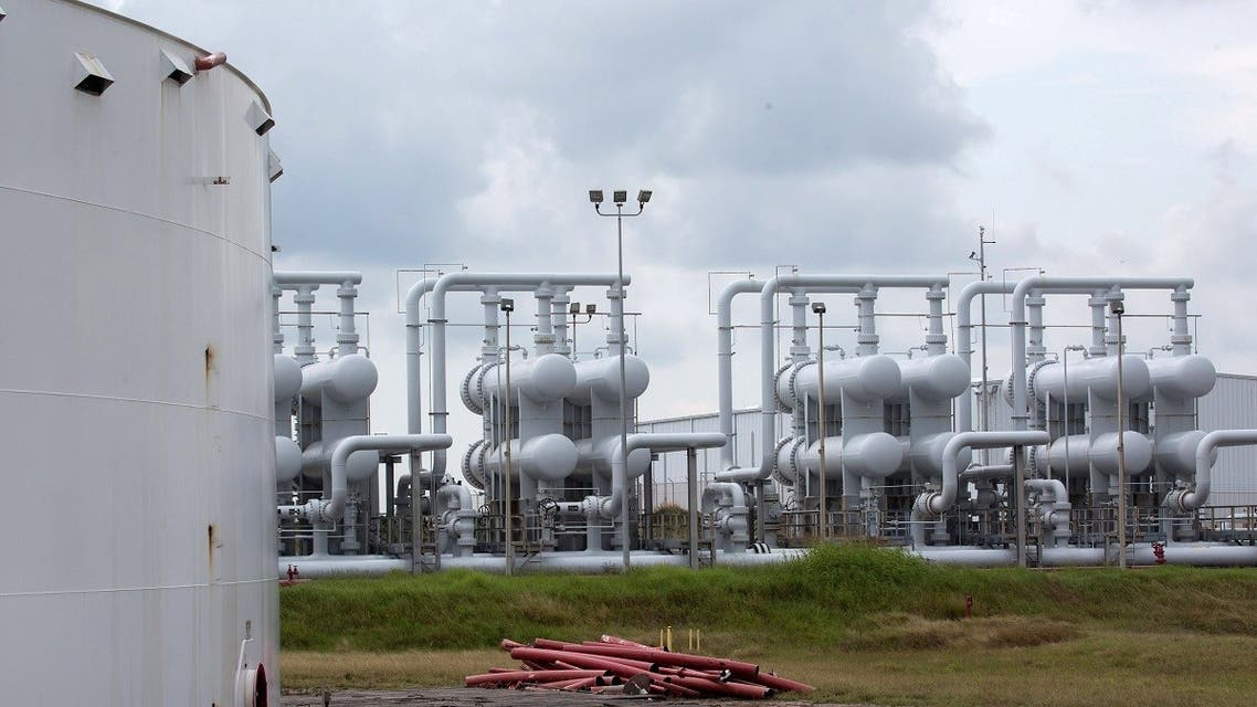 An oil storage tank and crude oil pipeline equipment is seen during a tour by the Department of Energy at the Strategic Petroleum Reserve in Freeport, Texas, US. (File photo: Reuters)
