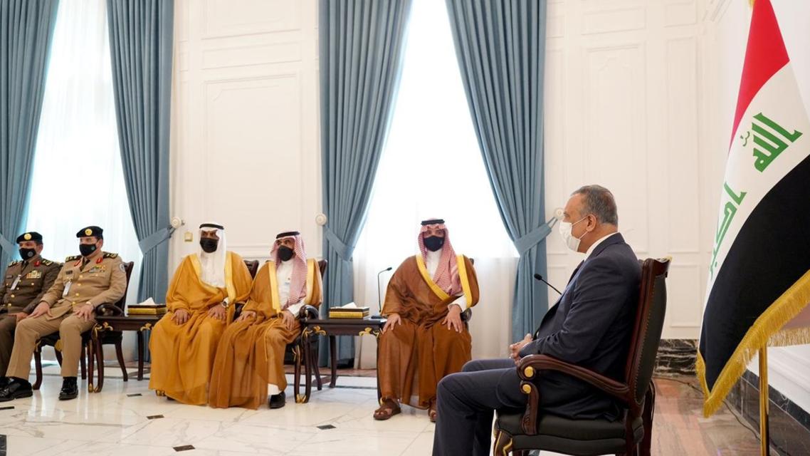 الكاظمي يستقبل وزير الداخلية السعودي (واع)