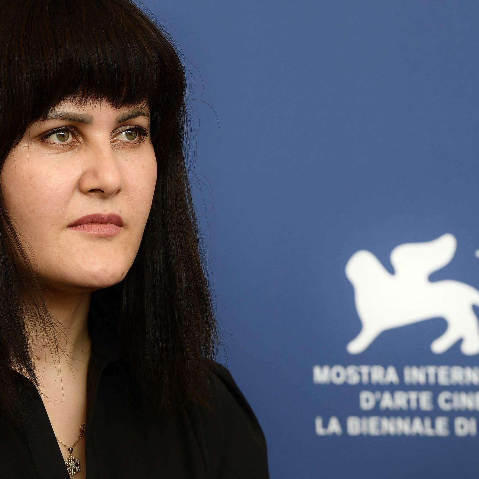 مخرجة أفغانية من البندقية: كانت أمامي ساعات لآخذ أصعب قرار