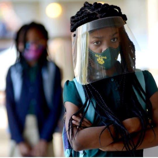 قبل عودة المدارس.. لماذا تتزايد إصابات الأطفال بفيروس كورونا؟