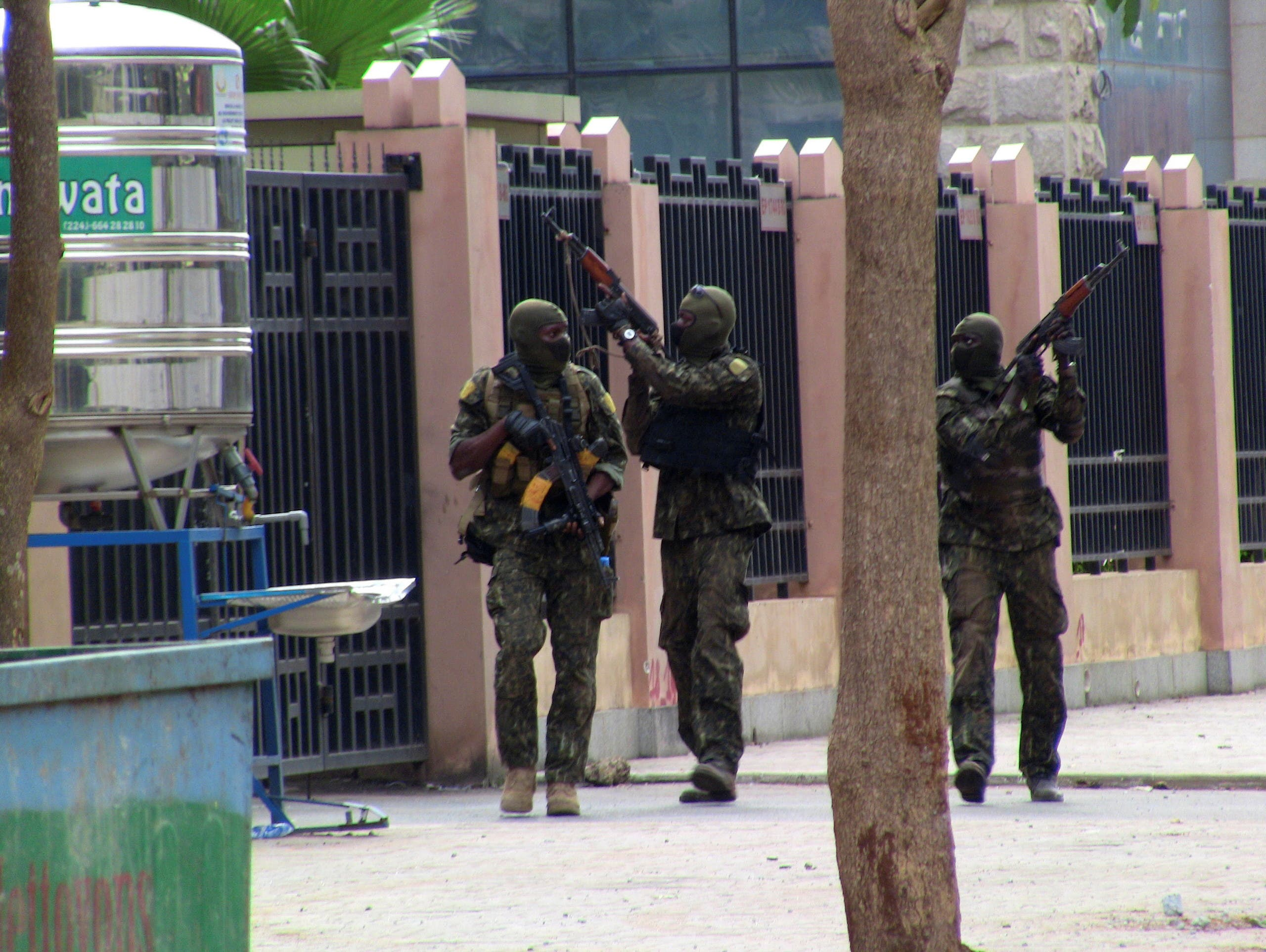 من القوات الخاصة في غينيا