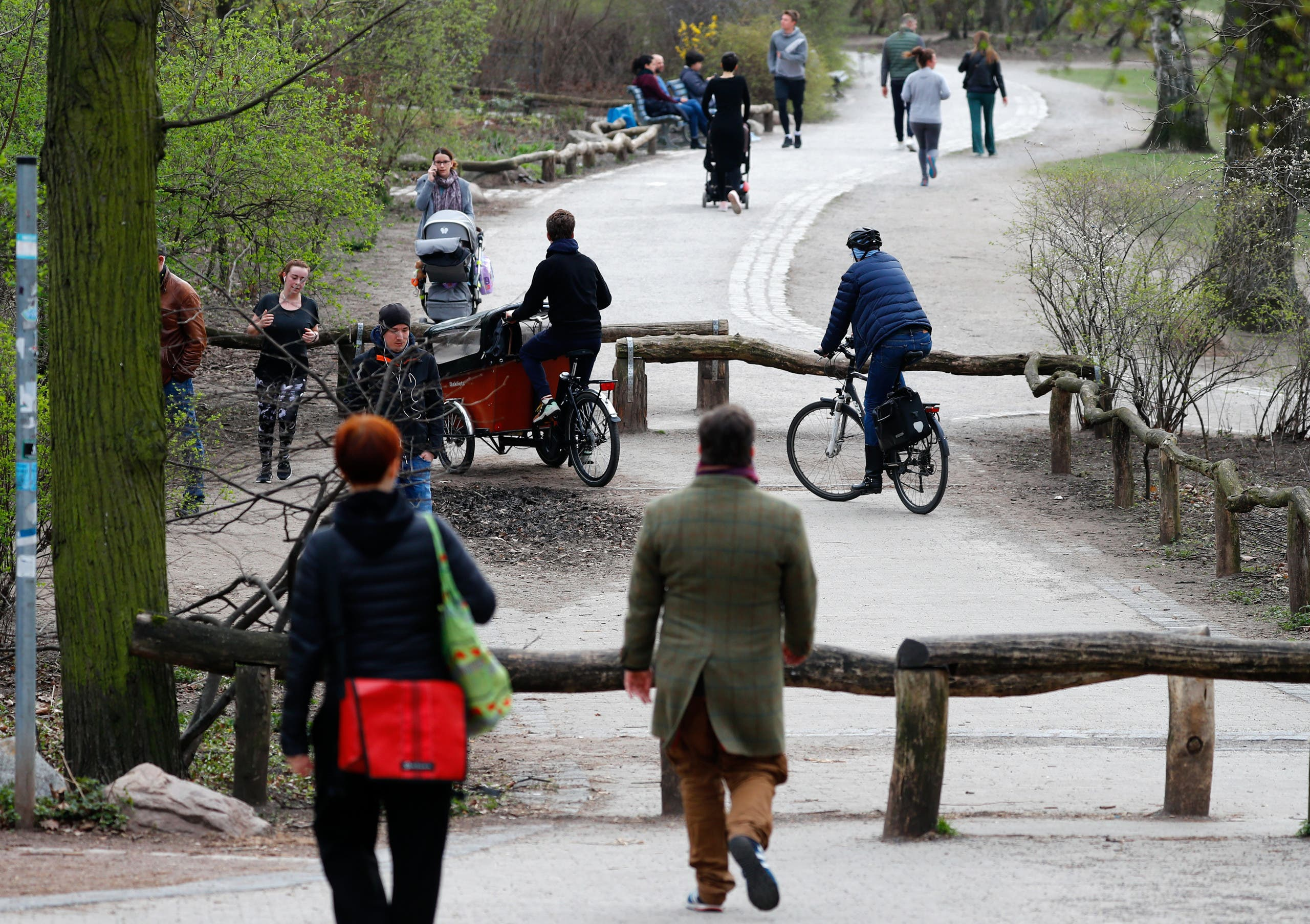 متنزه في برلين  (رويترز)