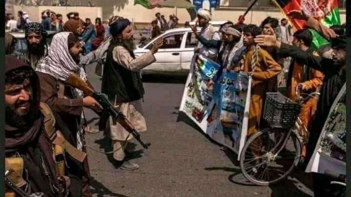 برخورد عناصر طالبان با معترضان و خبرنگاران