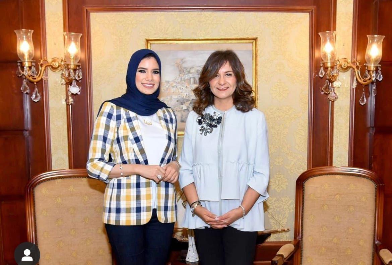 دينا أيمن برفقة وزيرة الهجرة المصرية