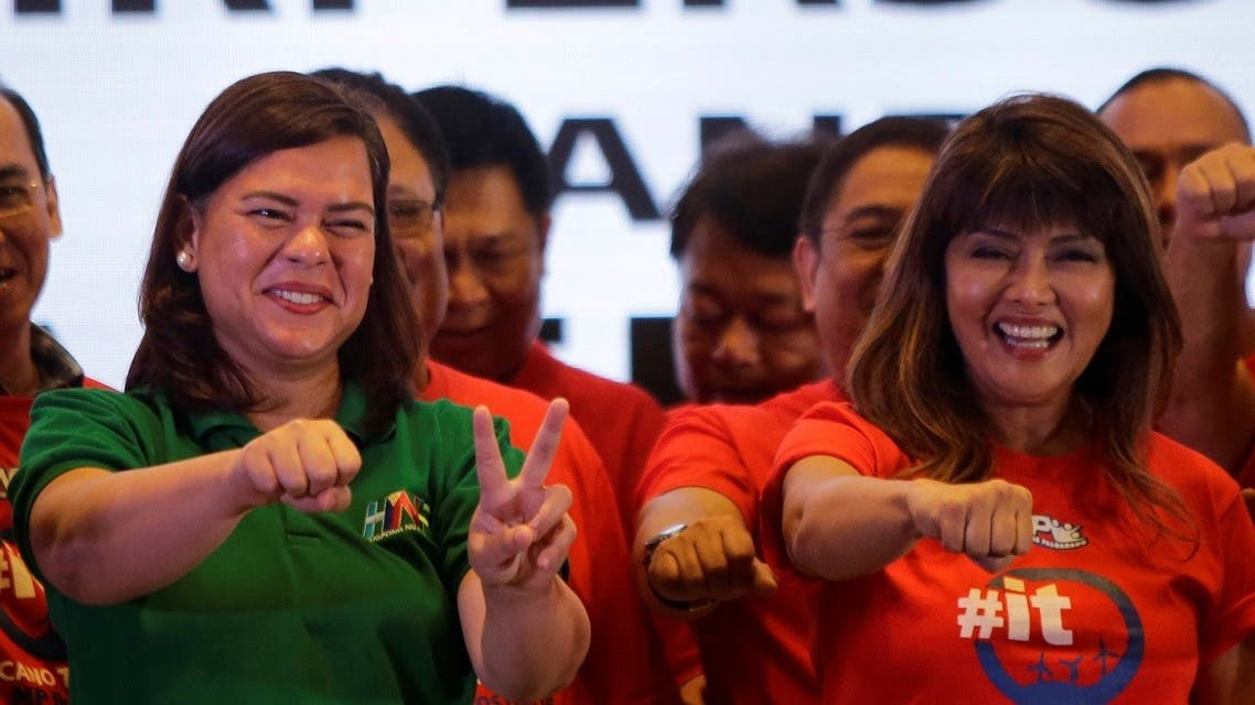 Davao City Mayor Sara Duterte-Carpio (L) and Ilocos Norte Governor Imee Marcos gestures during an alliance meeting with local political parties in Paranaque, Metro Manila in Philippines. (File photo: Reuters)