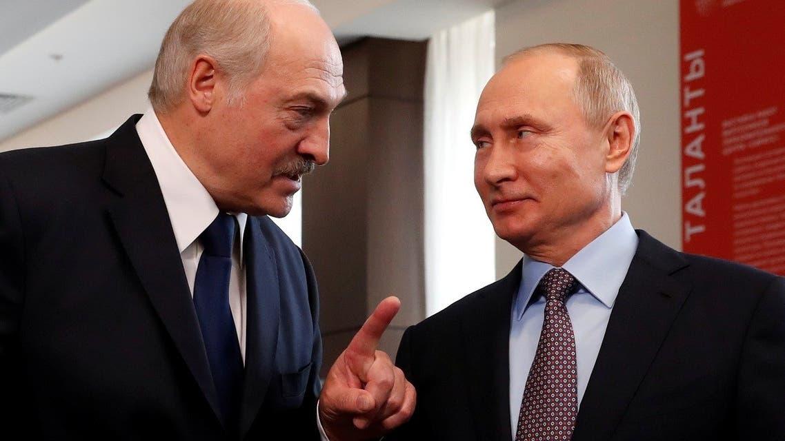 Belarus President Alexander Lukashenko and Russian President Vladimir Putin meet in the Black sea resort of Sochi, Russia. (File photo: Reuters)