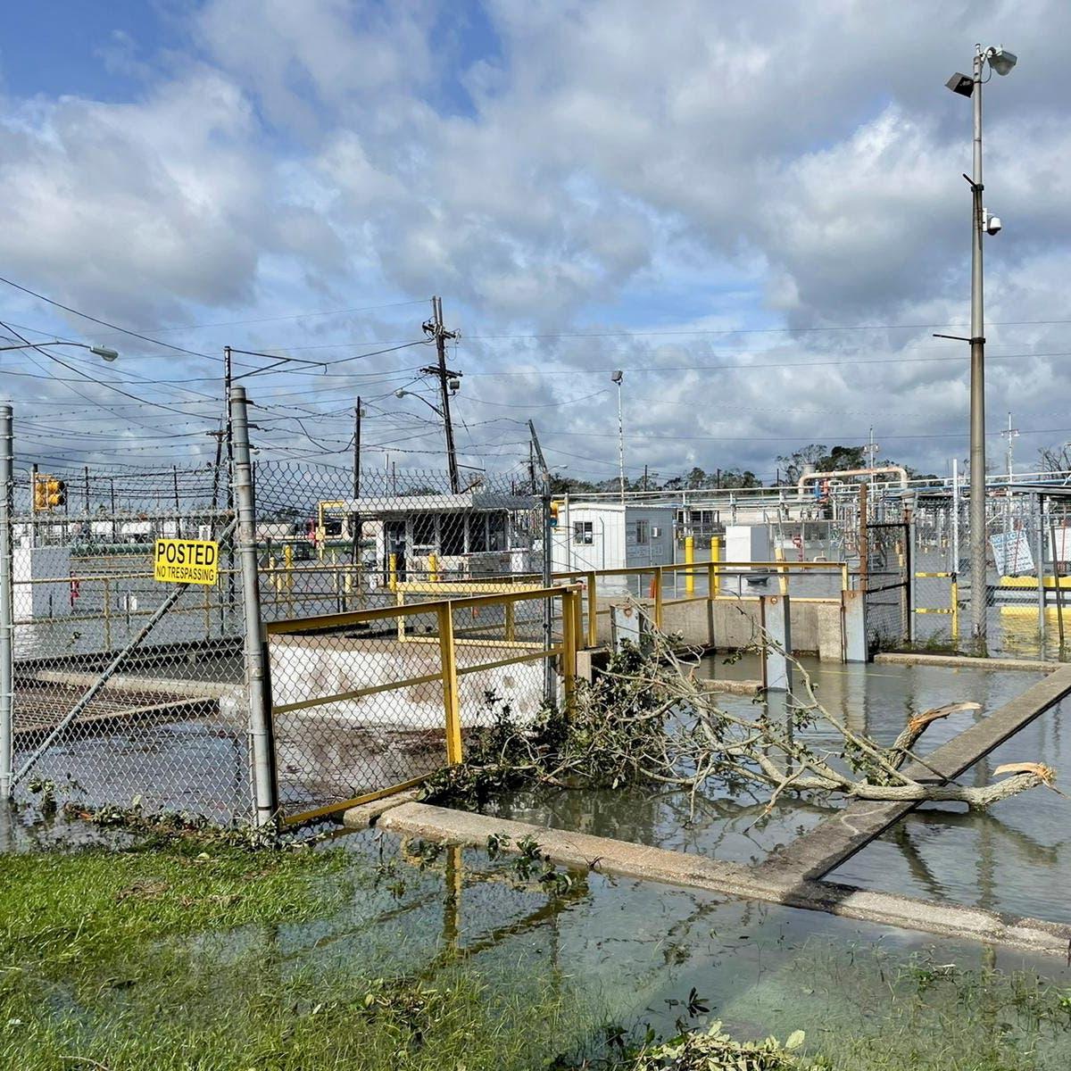 """إعصار """"آيدا"""" يكبد النفط الأميركي خسائر.. التأثير يمتد عالمياً"""