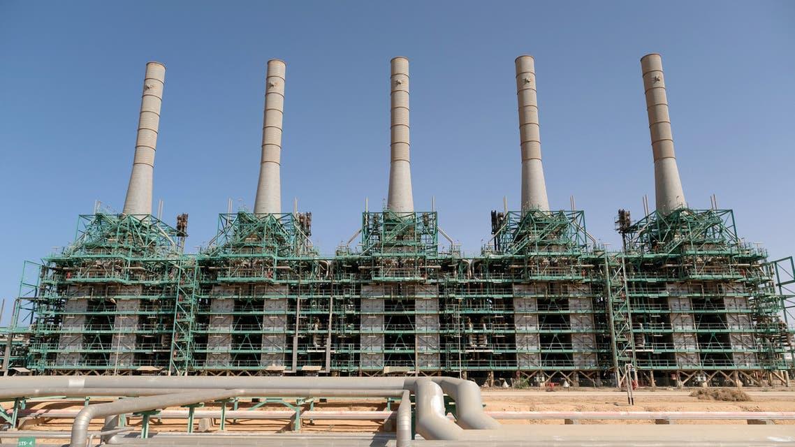 منشأة لانتاج النفط والغاز في شركة راس لانوف في راس لانوف في ليبيا (رويترز)