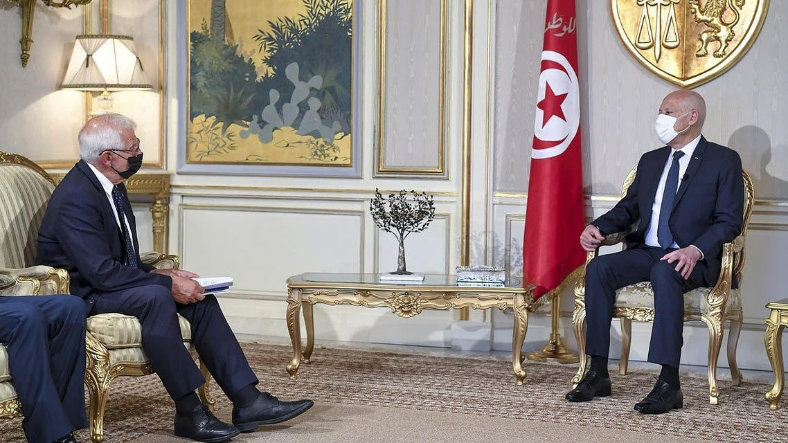 Tunisian President Kais Saied (R) meeting with High Representative of the European Union for Foreign Affairs and Security Policy Josep Borrell, at the Carthage Palace in the capital Tunis, on September 10, 2021.  (AFP)