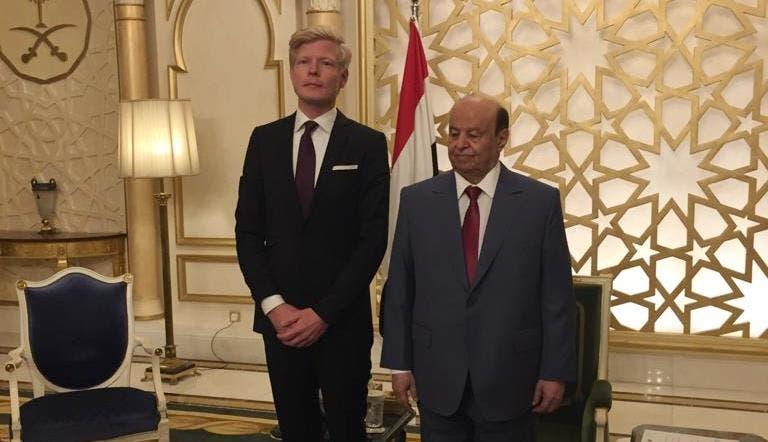 لقاء سابق بين الرئيس اليمني والمبعوث الأممي إلى اليمن