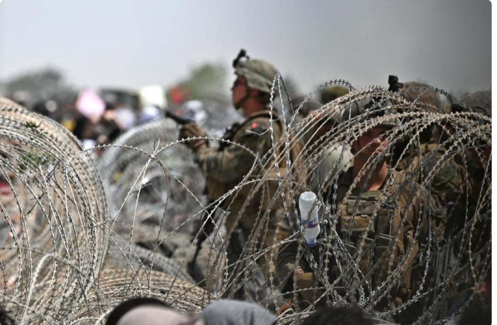 سربازان آمریکایی در فرودگاه کابل