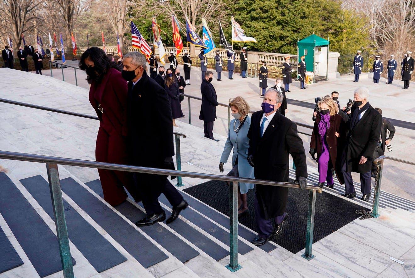 أوباما وبوش وكلينتون في مناسبة سابقة