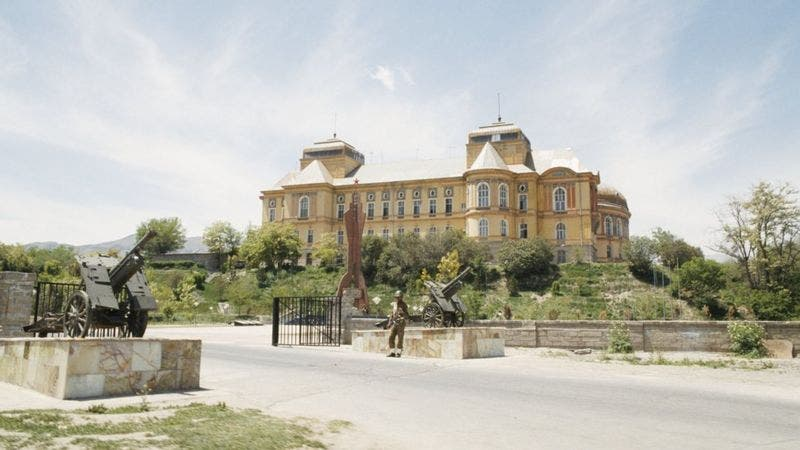 قصر الأمان في كابول كان مقر قيادة القوات السوفييتية الغازية