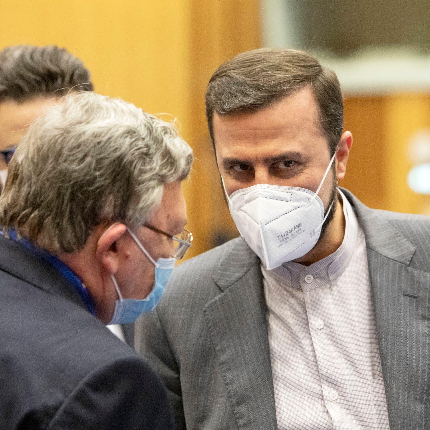 روسيا: هناك فرصة لرفع العقوبات عن إيران قريباً
