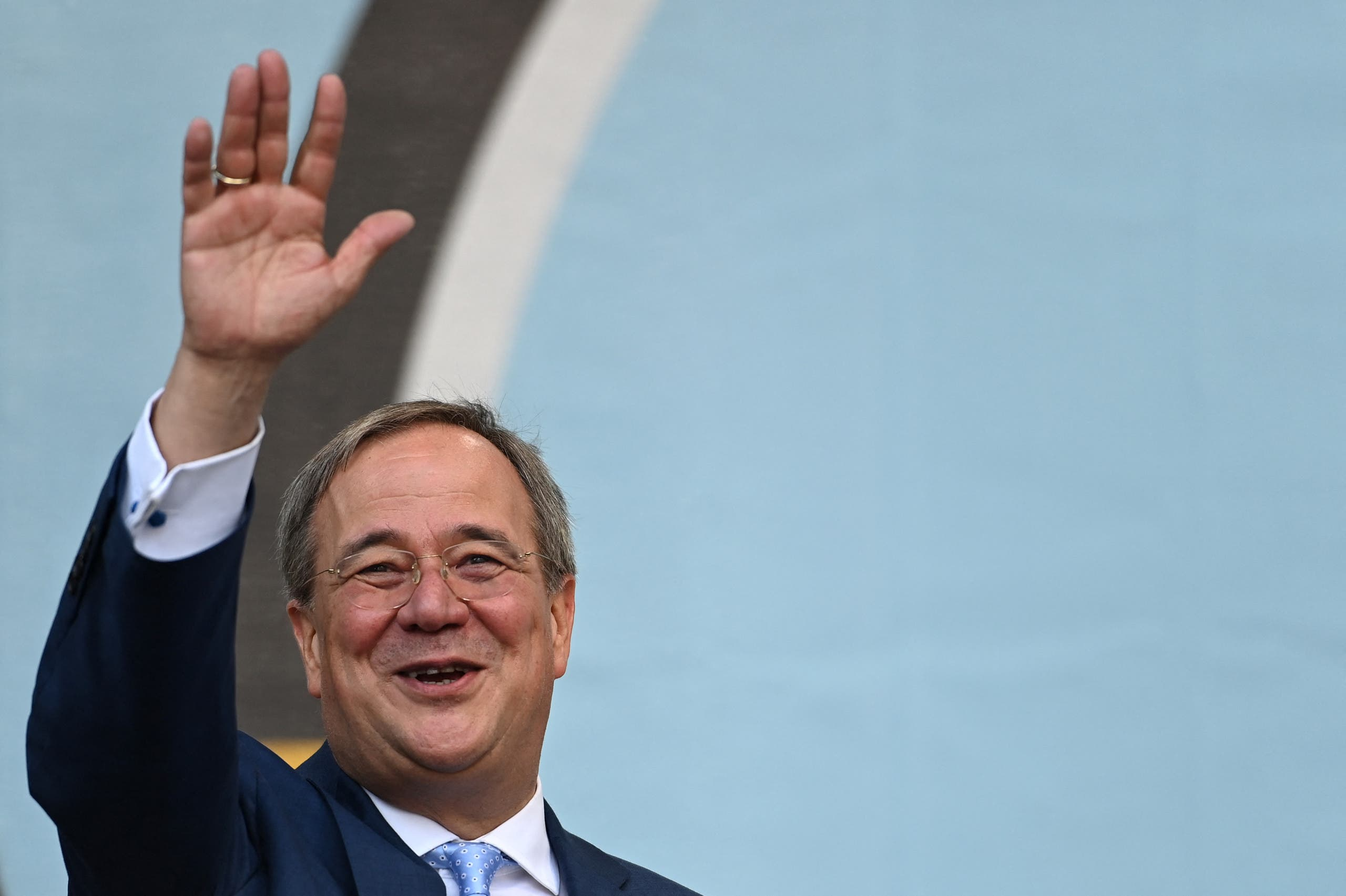 Christian Democratic Union (CDU) leader and chancellor candidate Armin Laschet waves after addressing supporters during an electoral meeting in Warendorf, western Germany, on September 18, 2021. (File photo: AFP)